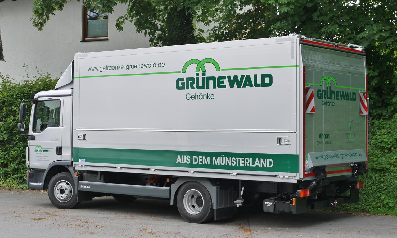 Schwenkwandaufbauten - Hurowa plus PR-L: Ewers Fahrzeugbau
